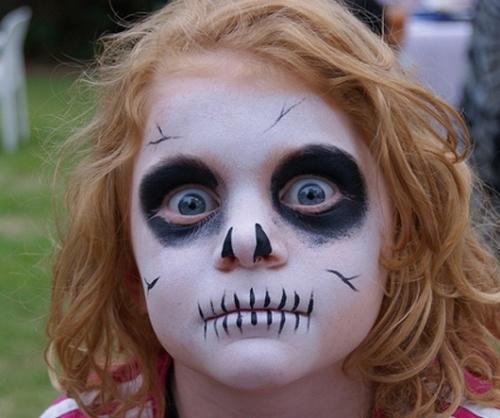 maquillaje-infantil-de-esqueleto-para-halloween-2014-boca-rayas