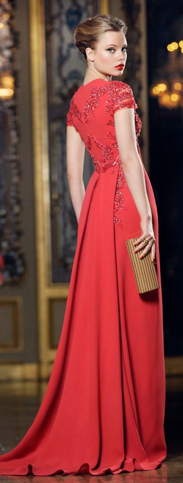 Como pintar un vestido rojo a negro