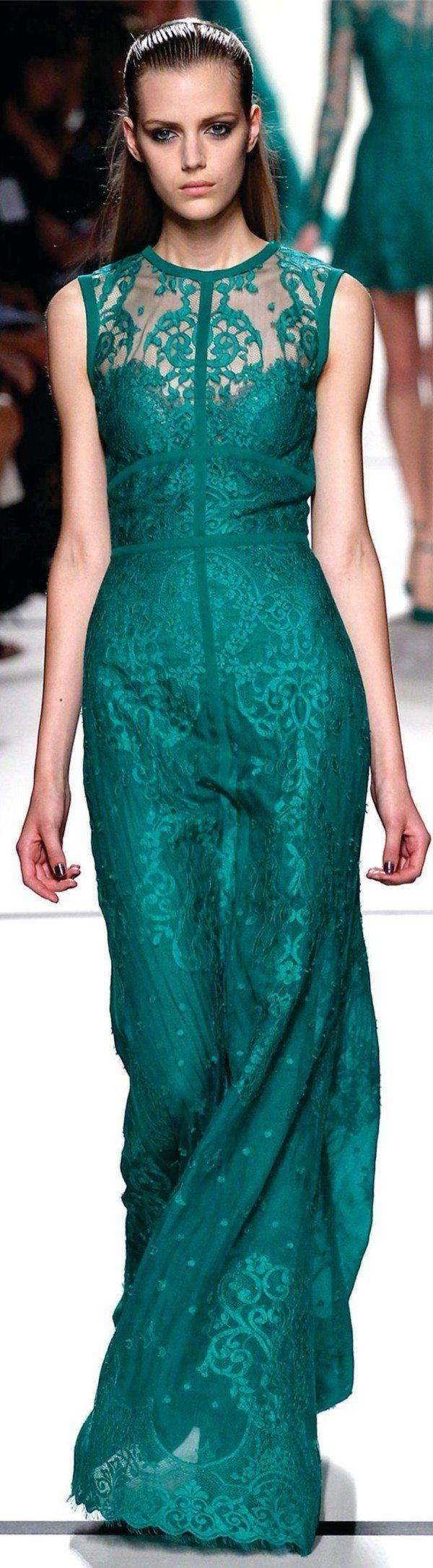 Vestido verde agua para la noche