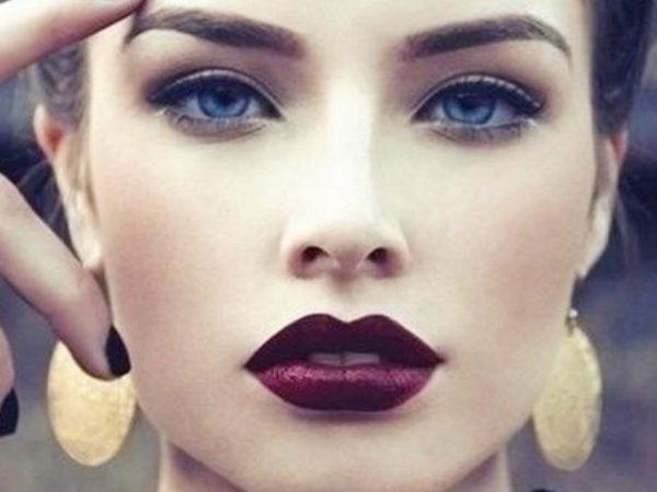 maquillaje-para-graduacion-labios-mate