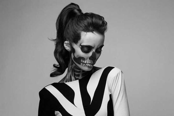 Maquillaje para disfrazarse de esqueleto en Halloween 2015