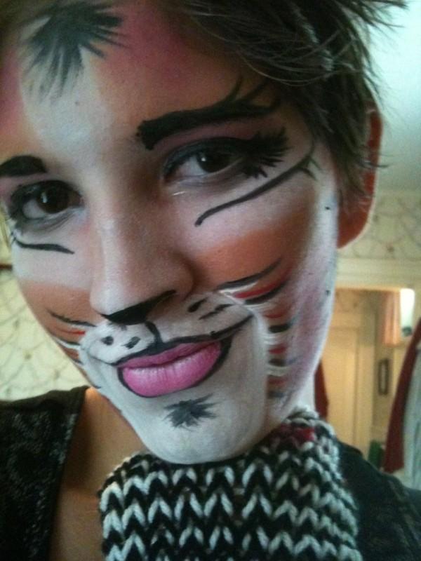 maquillaje-de-gato-cats-para-carnaval-2016-detalles-alrededor-de-la-boca