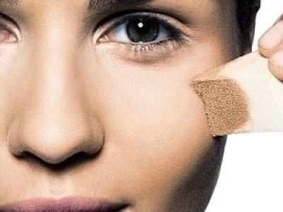 aplicar base de maquillaje