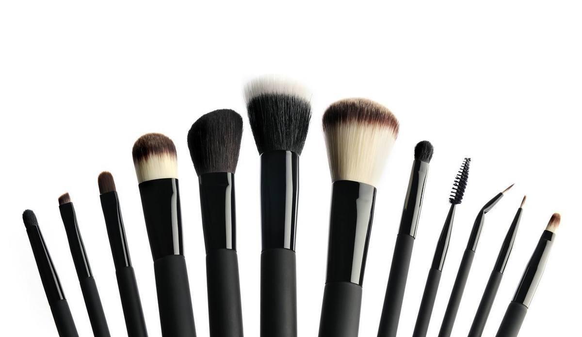 97e9ccf0d Las brochas que necesitas para el maquillaje perfecto - ProFreshStyle