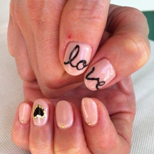 decoracion-unas-san-valentin-paso-a-paso-unas-love-y-brillantes