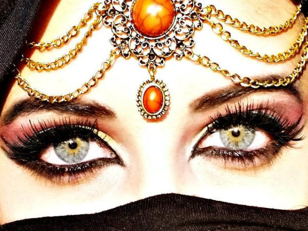 maquillaje-arabe-halloween-rimmel