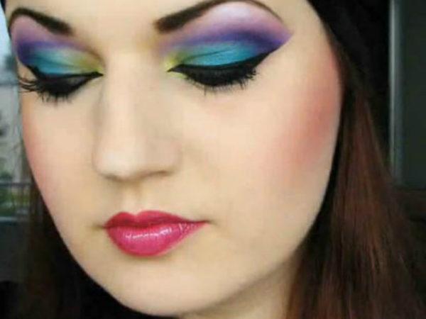 maquillaje-de-bruja-sexy-maquillaje-de-colores