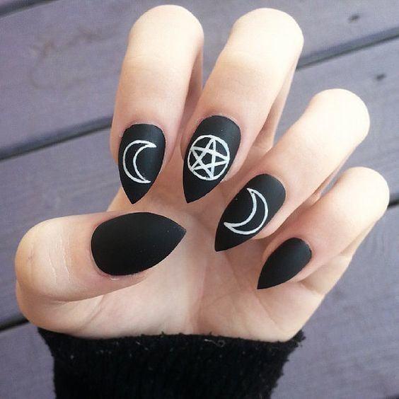 unas-halloween-brujas-ritos