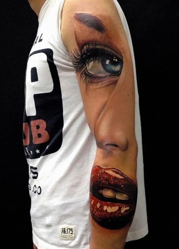 tatuajes-brazo-hombre-labios-rojos