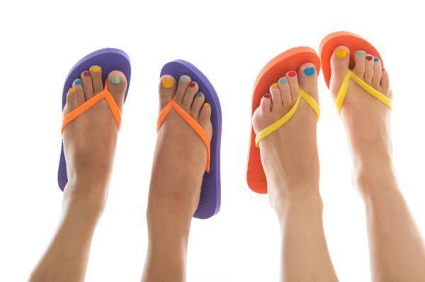 unas-pies-multicolor