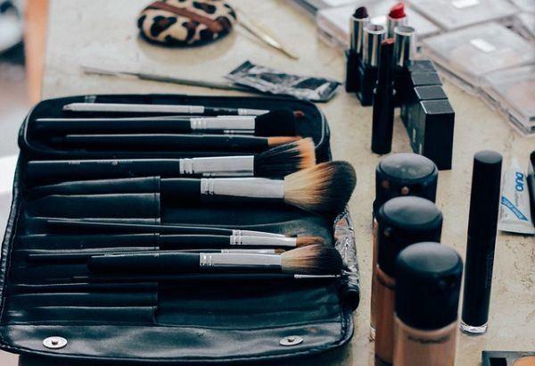 las-brochas-necesarias-para-un-buen-maquillaje