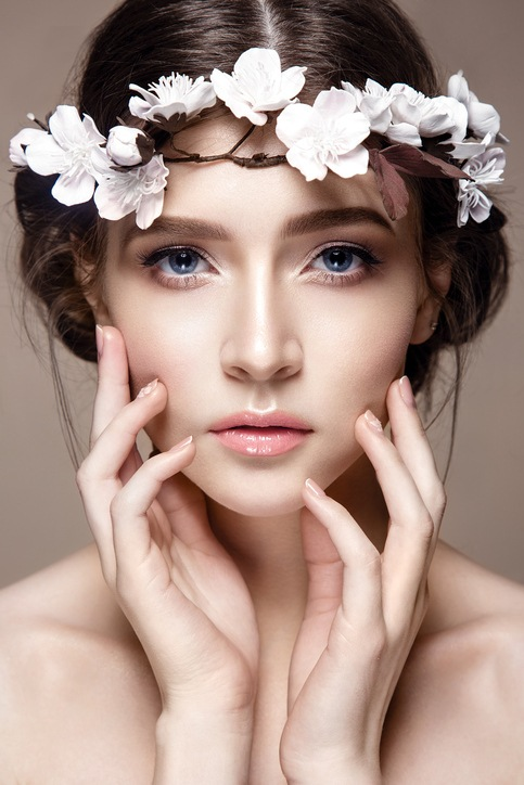 Maquillaje de novia de dia en tonos claros