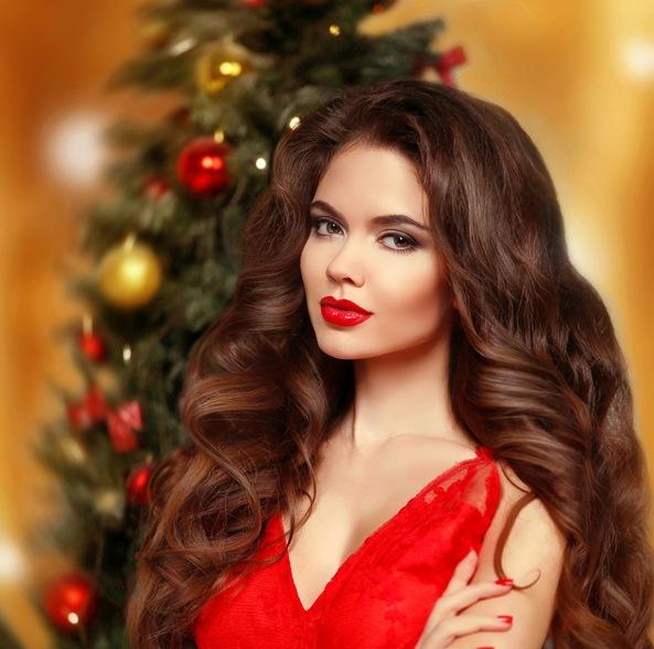 Maquillaje para vestido rojo de noche clasico