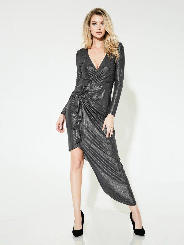 745042238 Para las que queráis un modelo de vestido que no solo sea tendencia