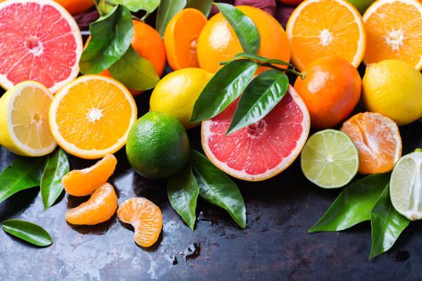 10 superalimentos para una piel perfecta verano  frutas citricas