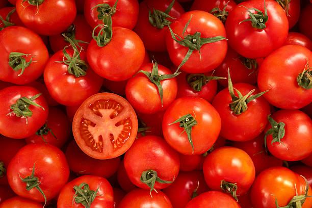 10 superalimentos para una piel perfecta verano  tomate